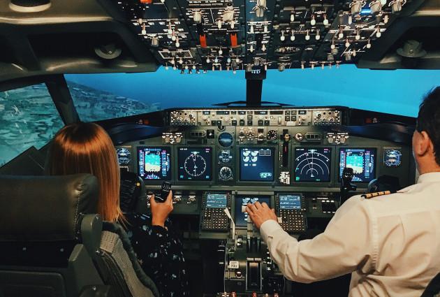 Полет в авиатренажере Боинг-737