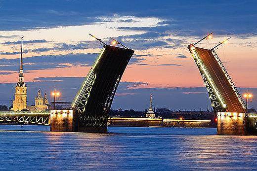 """Ночная прогулка """"Мосты повисли над Невой"""""""